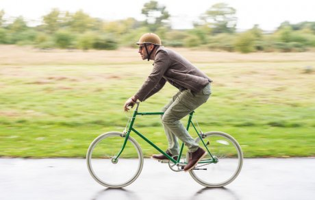 Dappercap cycling helmets, made in the UK for the urban cyclist