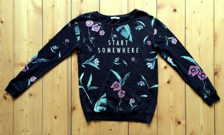 Start Somewhere sweatshirt before being customised with Fashion Revoltuion's recycled yarn patches.