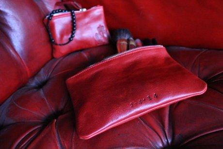 Purse and Clutch Bag, hand-made using off-cuts and restored leather from Chesterfield sofas, by Majeurs Chesterfield