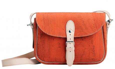 'Stroll Satchel' in sunset combines dyed cork with leather trimmings, €159 by Pelcor – available online