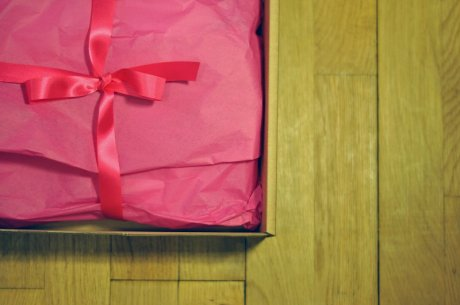 Simple, stylish and thoughtful 'packaging' from online retailer Think Boutique